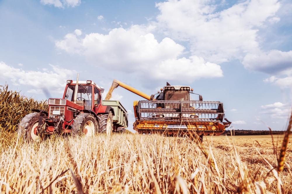 စိုက်ပျိုးရေးသုံးအရောင်းပြပွဲမှာ လယ်ထွန်စက်ပစ္စည်းများကို အရစ်ကျစနစ်ဖြင့် ရောင်းချပေးသွားမည်