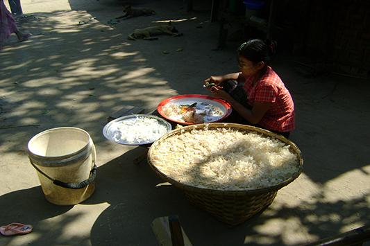 မြန်မာ့လျှော်ဖြူ ဈေးနှုန်းတက်လာ