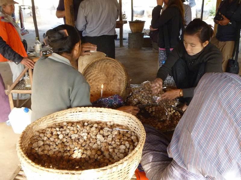 မြန်မာ့ရိုးရာစားစရာထန်းလျက်နှင့် ကျန်းမာရေးအာနိသင်များ