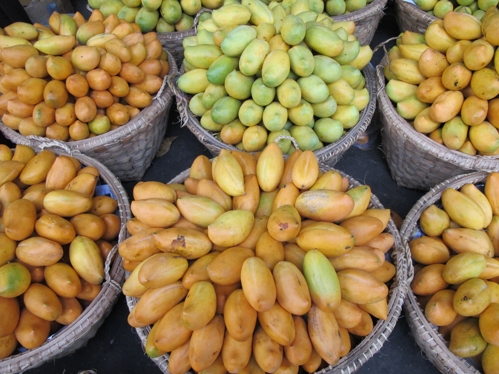 မြန်မာ့သရက်သီးများ ဝယ်လိုအားတက်လာ